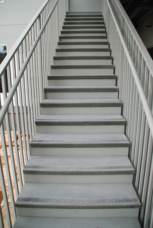 Dodge Dealers In Az >> Open Riser Steptread for Dealers and Suppliers